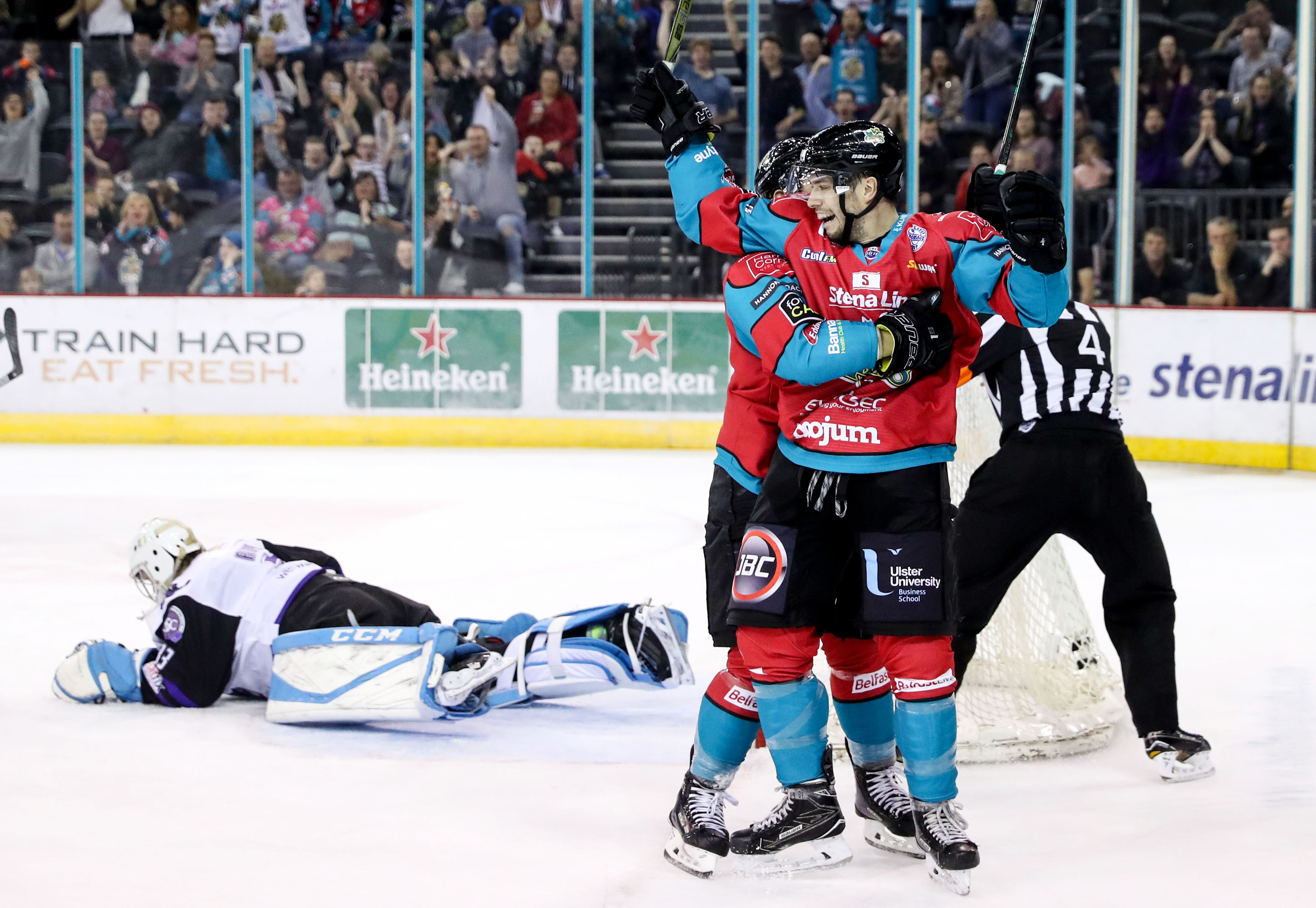 Belfast Giants v Glasgow Clan - Challenge Cup